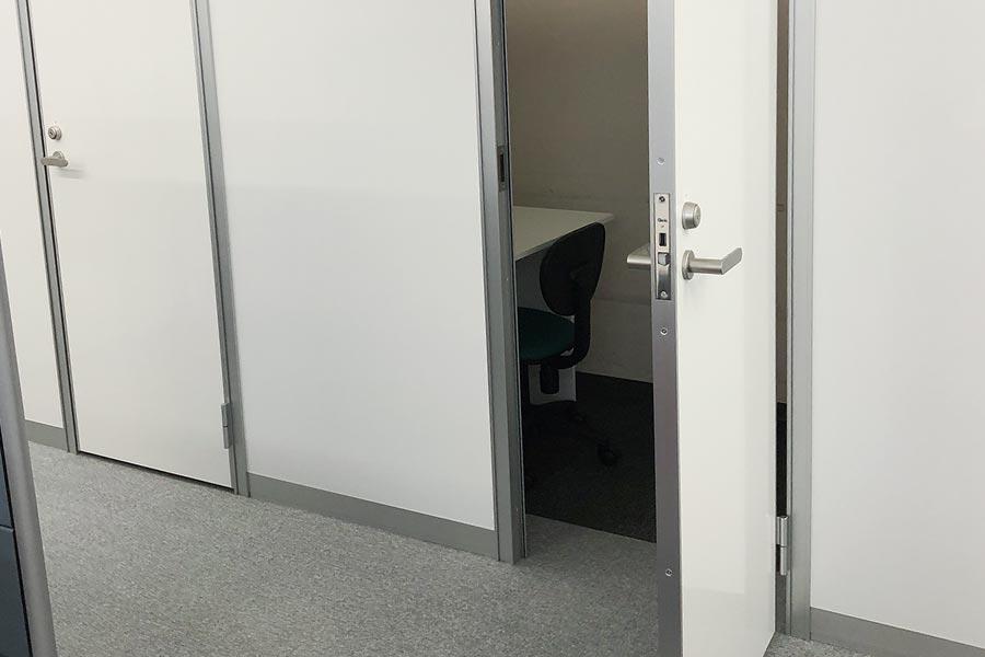 新橋駅徒歩1分のレンタルオフィスPhilPort